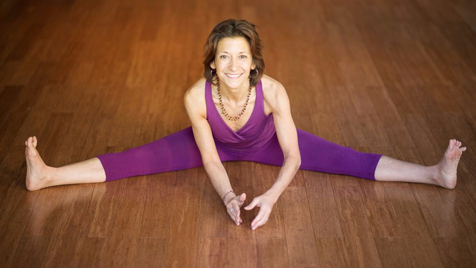 DEEPEN AND REFINE YOUR PRACTICE WITH JULIE