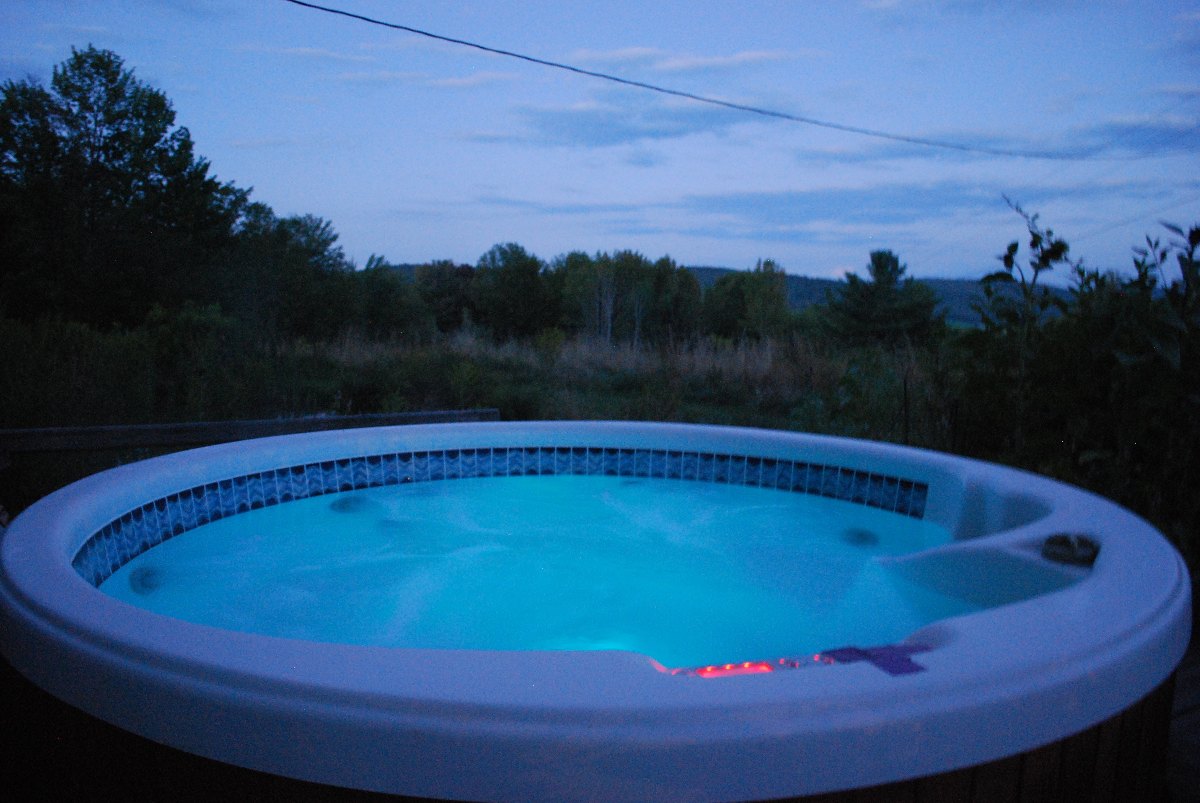 tub suite of inn prices the fireside best accommodations northern lights western hot